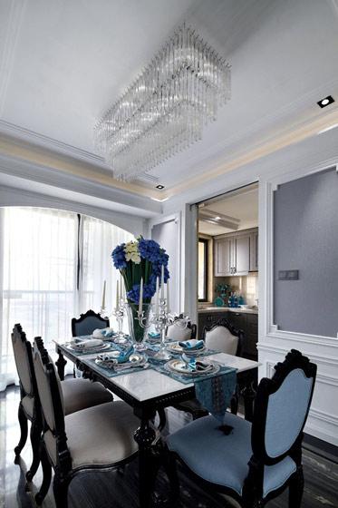 新古典风格三居室舒适130平米餐厅吊顶装修效果图