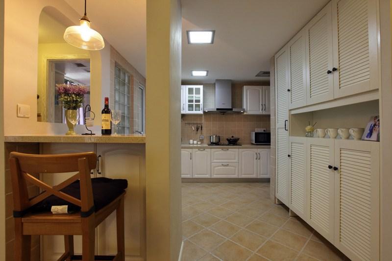 美式风格二居室小清新90平米吧台装修效果图图片