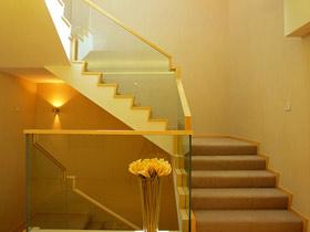 時尚玻璃扶手 16款簡約樓梯設計