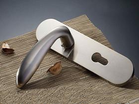 最新十大品牌防盗门门锁排名 哪个牌子的门锁好