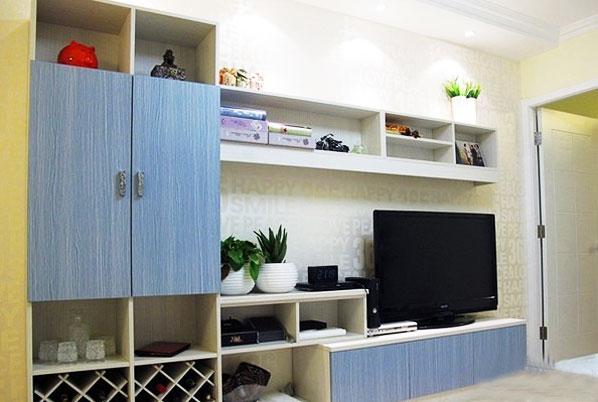 简约风格实用电视背景墙设计