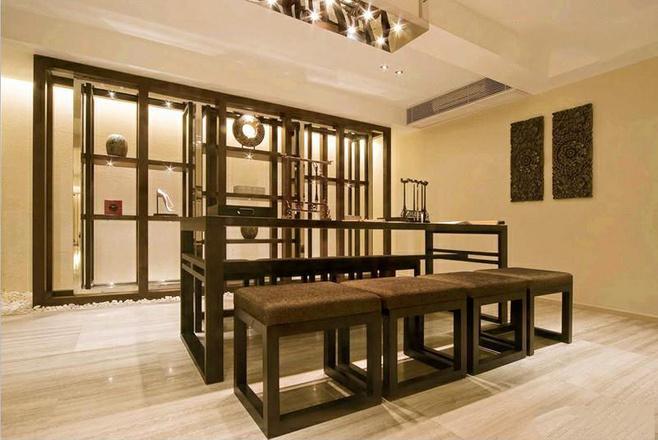 中式风格简洁黑色餐桌图片