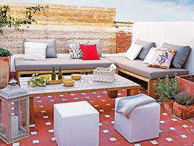 花园小团聚 13图花园沙发布置图