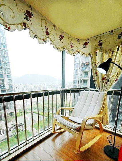 实用阳台窗帘窗帘图片