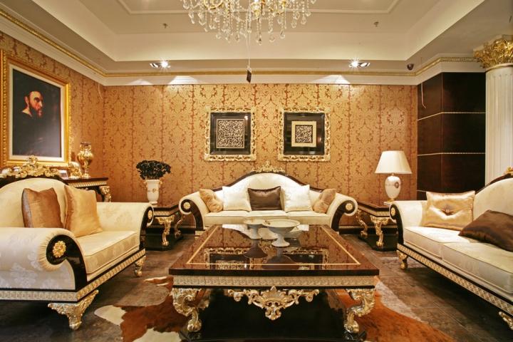 欧式风格奢华黄色沙发背景墙装修图片