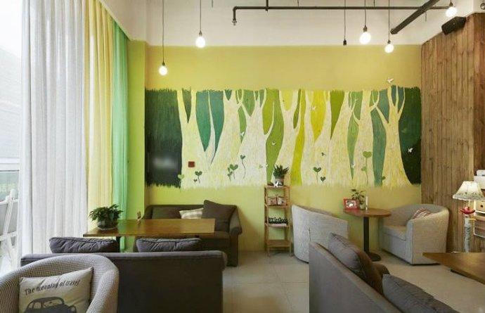 美式风格时尚手绘墙装修效果图