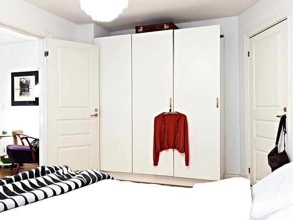简约风格舒适衣柜设计图