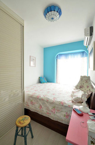 美式风格蓝色卧室背景墙效果图