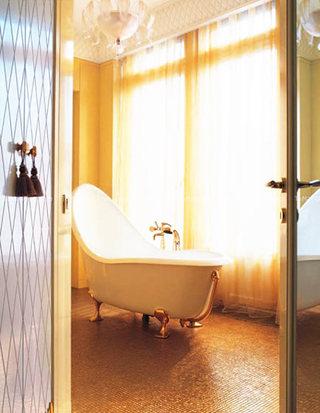 欧式风格卫生间浴缸效果图