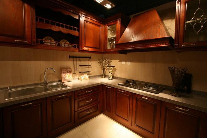美式风格红色厨房效果图