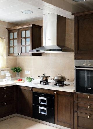中式风格别墅奢华厨房装潢