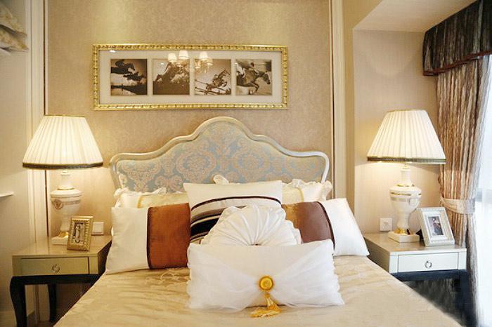 欧式风格舒适床头软包设计图片