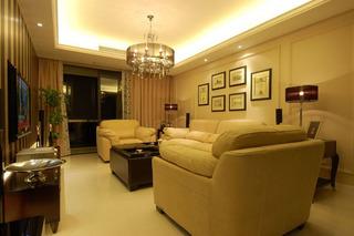 三居室浪漫10-15万沙发婚房平面图