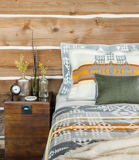 田园风格舒适床头柜图片