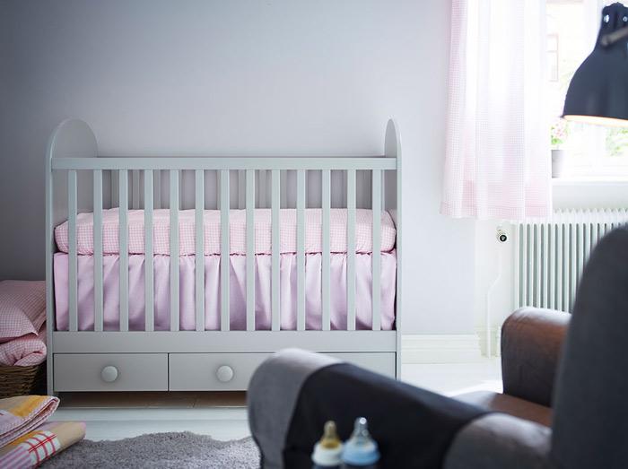 白色收纳儿童床图片