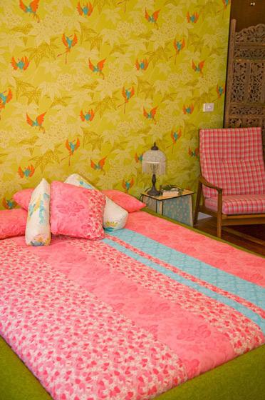 温馨壁纸卧室设计