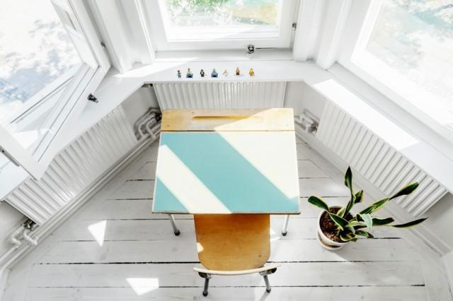 白色简约飘窗设计