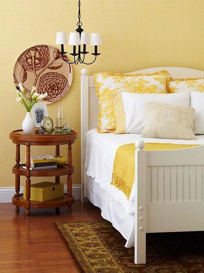 浅黄色温馨卧室图片