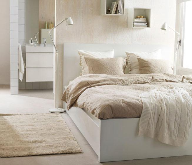 白色咖色卧室效果图