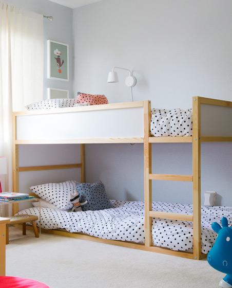 简约实木双层儿童床效果图