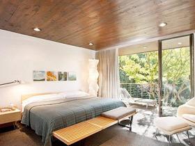 宜人睡眠环境 12款实木卧室吊顶图片