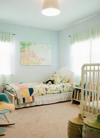 蓝绿色清新卧室效果图