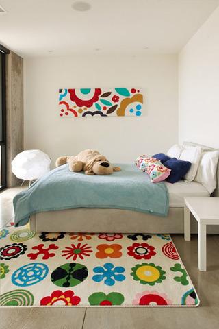 简约卧室花色装饰画效果图