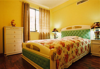 欧式温馨黄色卧室效果图