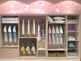 整体衣柜凭借其功能完善,风格统一的特点,一直受到消费者的喜欢.