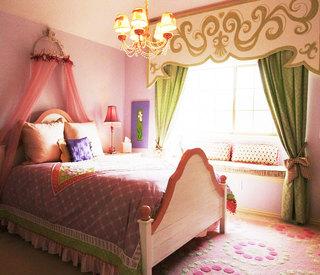舒适粉色卧室飘窗效果图