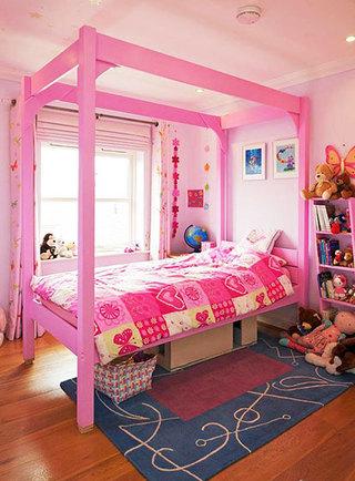 简洁粉色卧室飘窗效果图