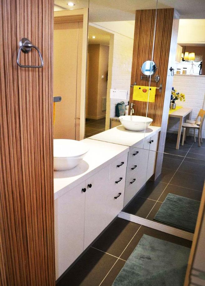 狭长型浴室柜图片