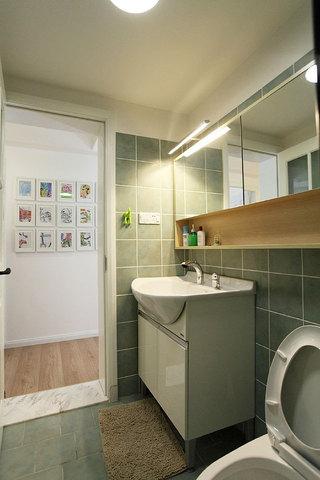 小卫生间瓷砖效果图