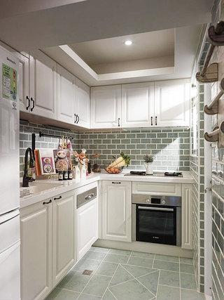 嵌入式厨房吊顶效果图