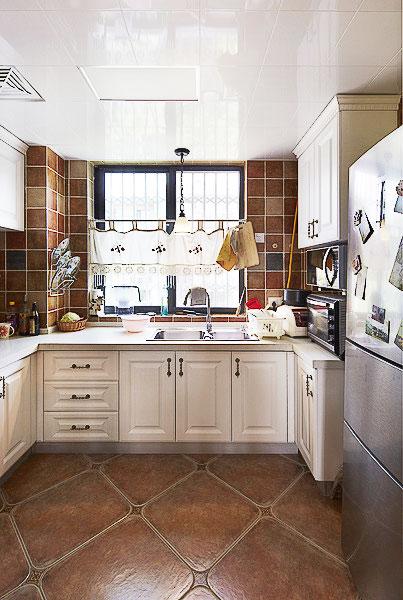 白色厨房吊顶效果图图片