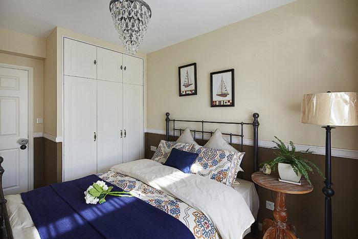 地中海三门卧室衣柜图片