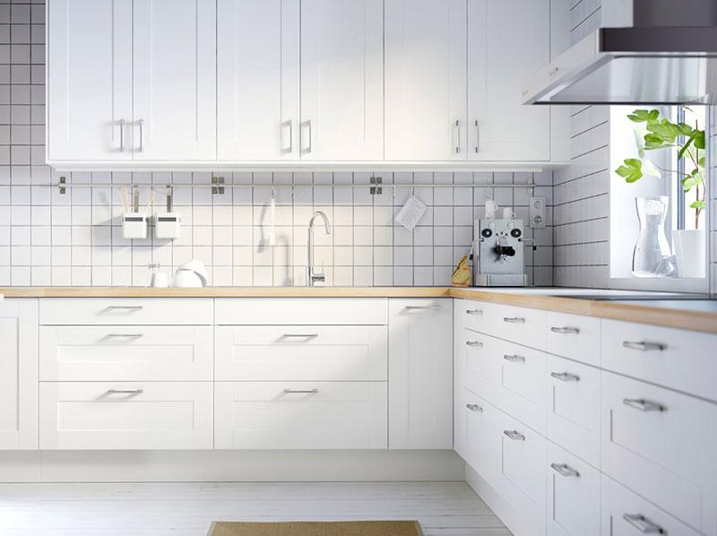 白色橱柜设计图