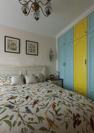 蓝色黄色地中海衣柜效果图