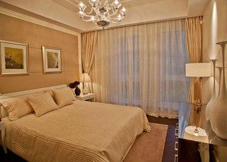 裸色温馨卧室效果图