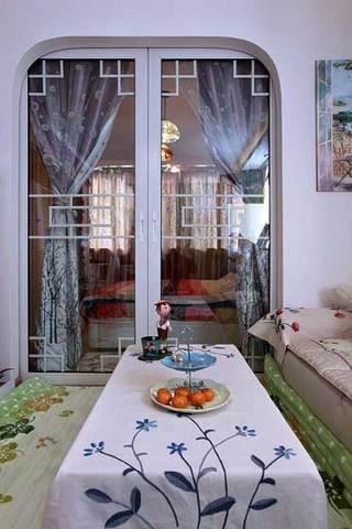 客厅卧室隔断玻璃推门设计效果图