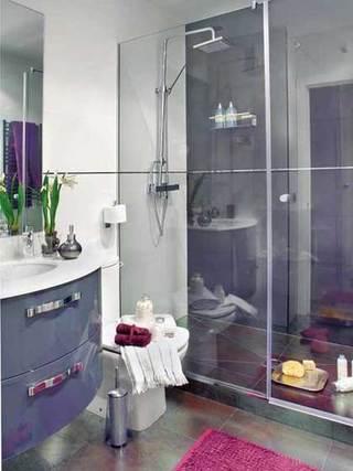 干湿分离玻璃时尚卫生间设计效果图