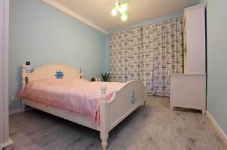 粉色清新卧室设计效果图