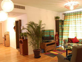 复古田园异域风两居室 不可思议的搭配