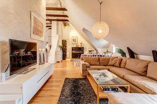 北欧白色清新阁楼客厅设计效果图