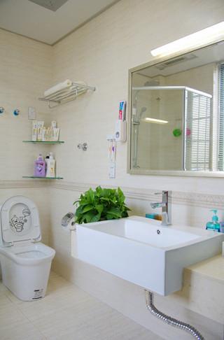 温馨主卧卫生间设计效果图