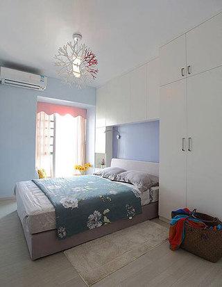 实用简约卧室设计效果图