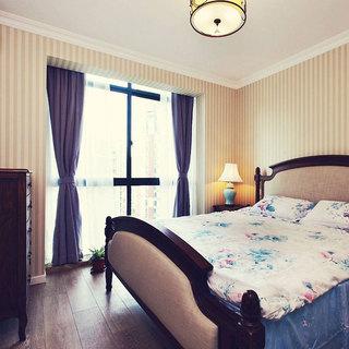 美式简洁卧室设计效果图