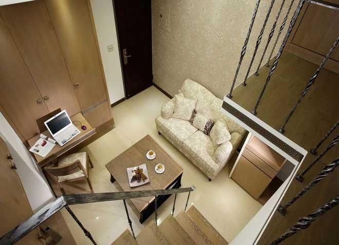 原木挑高客厅设计效果图