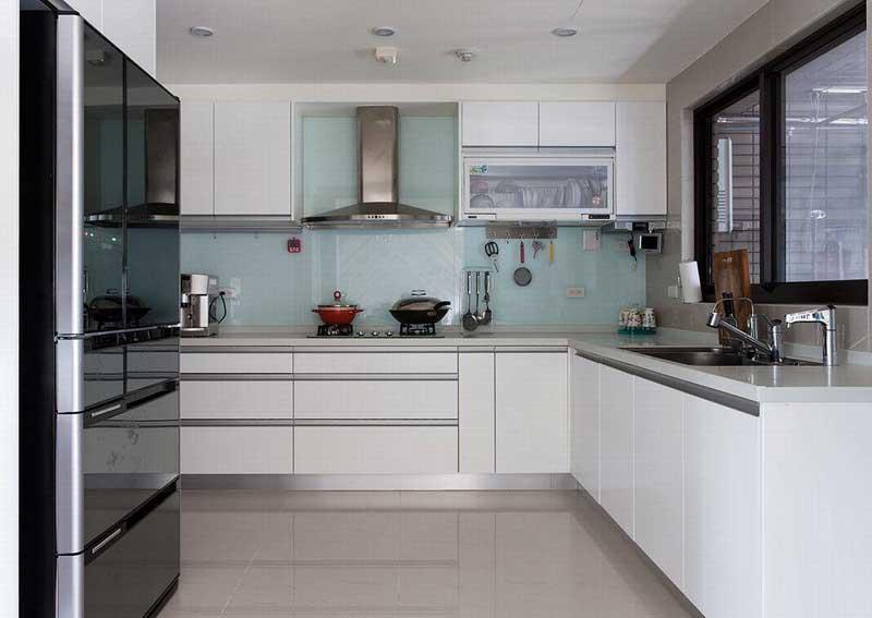 欧式古典厨房设计效果图