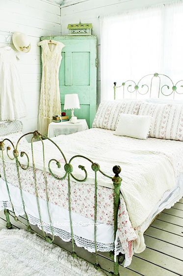 清凉色调怀旧风格卧室